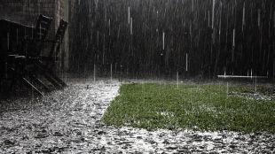 Front z burzami i deszczem nad Polską. Ostrzeżenia